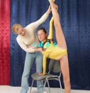 穿紧身衣练习柔术的萝莉!这动作不是一般人能做到!【122P】